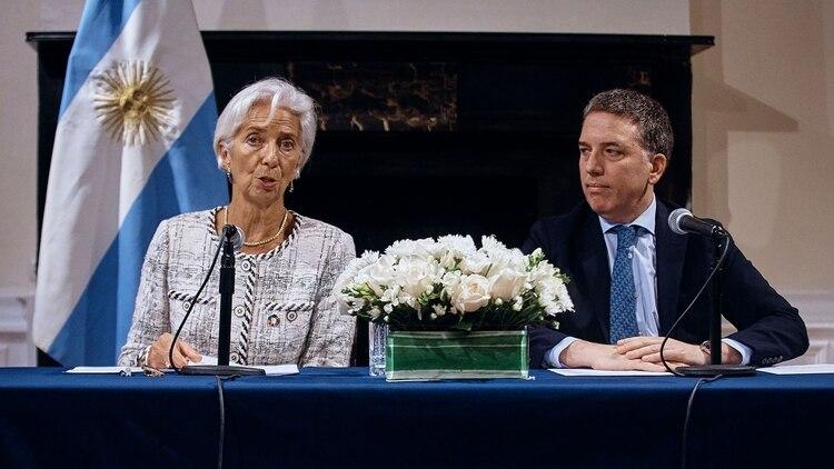 Dujovne y Lagarde, en septiembre en una conferencia de prensa en Nueva York