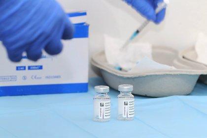 Desde que la Argentina inició su plan de vacunación el 29 de diciembre de 2020, van poco más de 6,4 millones de vacunas aplicadas y 7,9 millones de dosis distribuidas, según el Monitor Público de Vacunación (EFE/Elvira Urquijo)