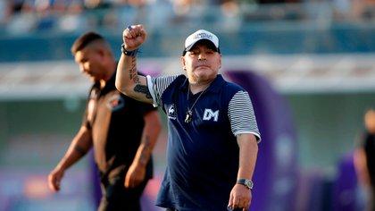 El académico también habló sobre las contradicciones en torno a la figura de Diego Armando Maradona (EFE/Demian Alday Estévez/Archivo)