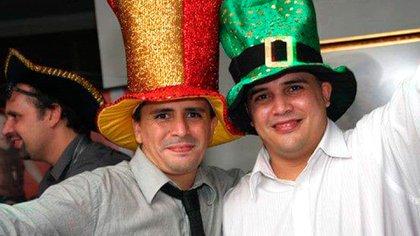 """""""Tito"""" y su hermano"""