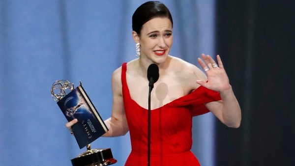 "Rachel Brosnahan actriz de ""The Marvelous Mrs. Maisel"""