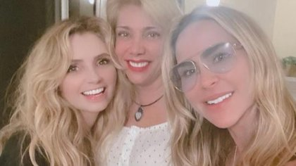 """""""Fue una noche mágica"""": así fue el reencuentro de Angélica Rivera, Cynthia Klitbo y Aylín Mujica a 27 años del éxito de """"La Dueña"""""""