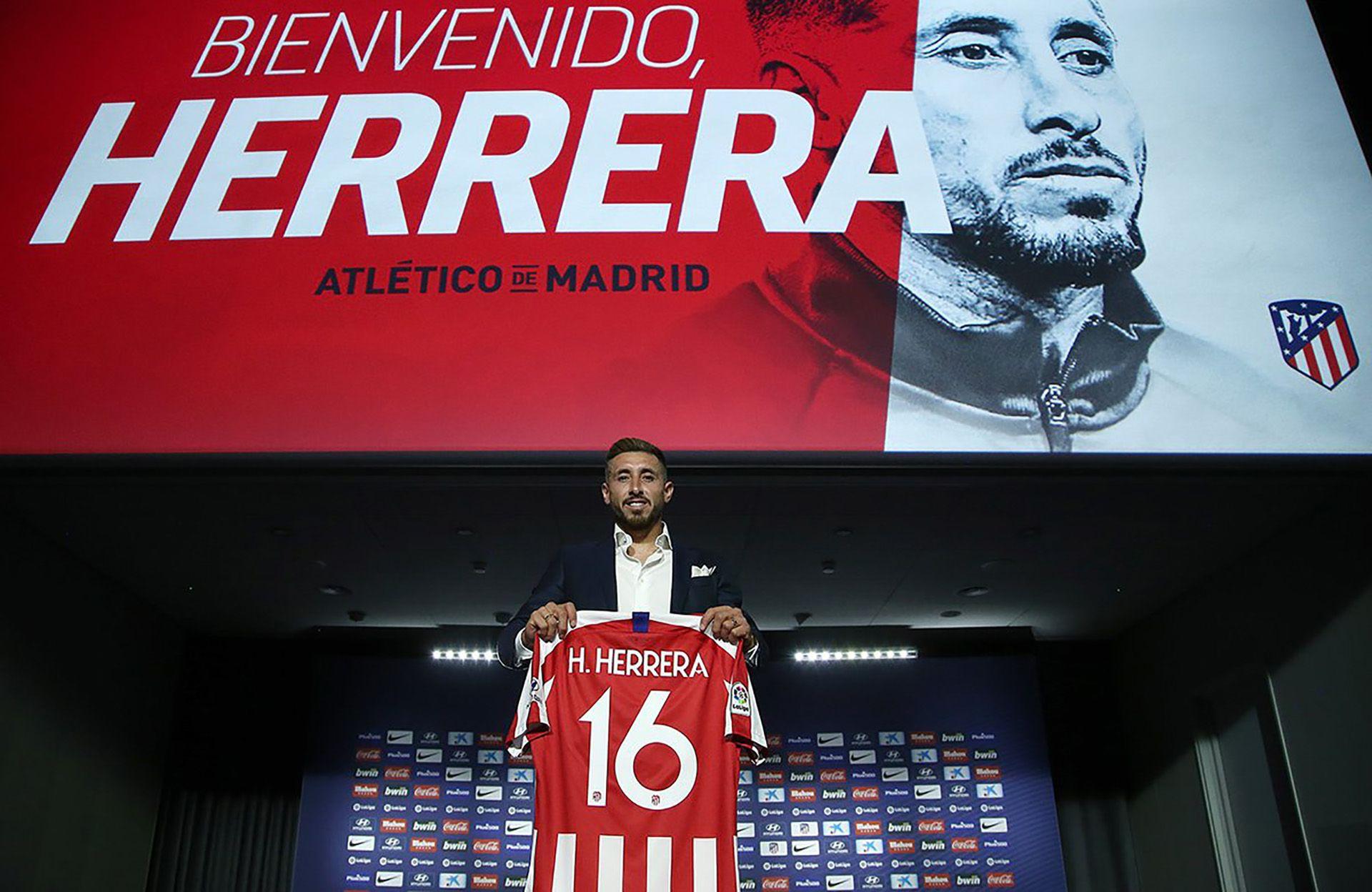 """El mediocampista Herrera llegó al """"Atleti"""" este verano boreal procedente del Porto (Twitter: @AtleticoMadrid)"""