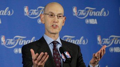 Adam Silver, comisionado de la NBA, apoyó al directivo de los Rockets que provocó un revuelo en China con una publicación en las redes sociales (AP)