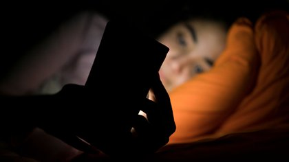Entre el 30% y 50% de las personas sufren insomnio en algún momento de sus vidas y se estima que, alrededor de un 10% a 15% padecen insomnio crónico. (Shutterstock)