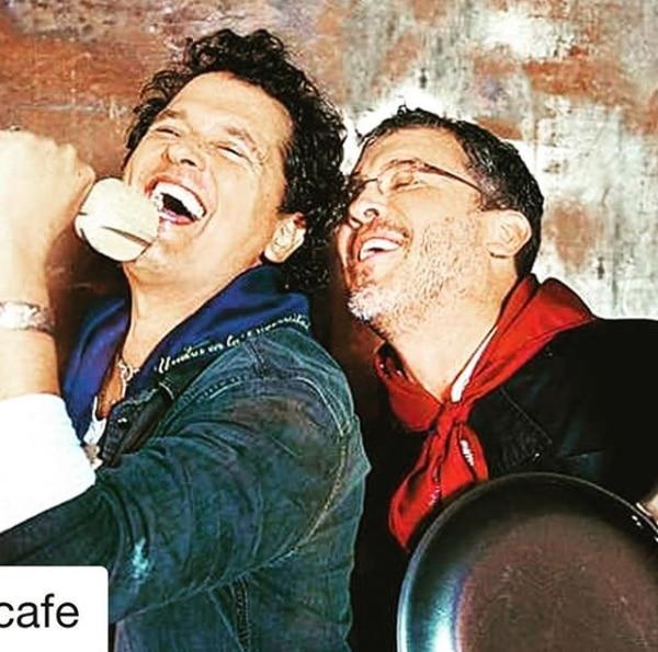 Carlos y Guillermo Vives festejando los 20 años de su restaurante Gaira en Bogotá, Colombia. (Instagram)