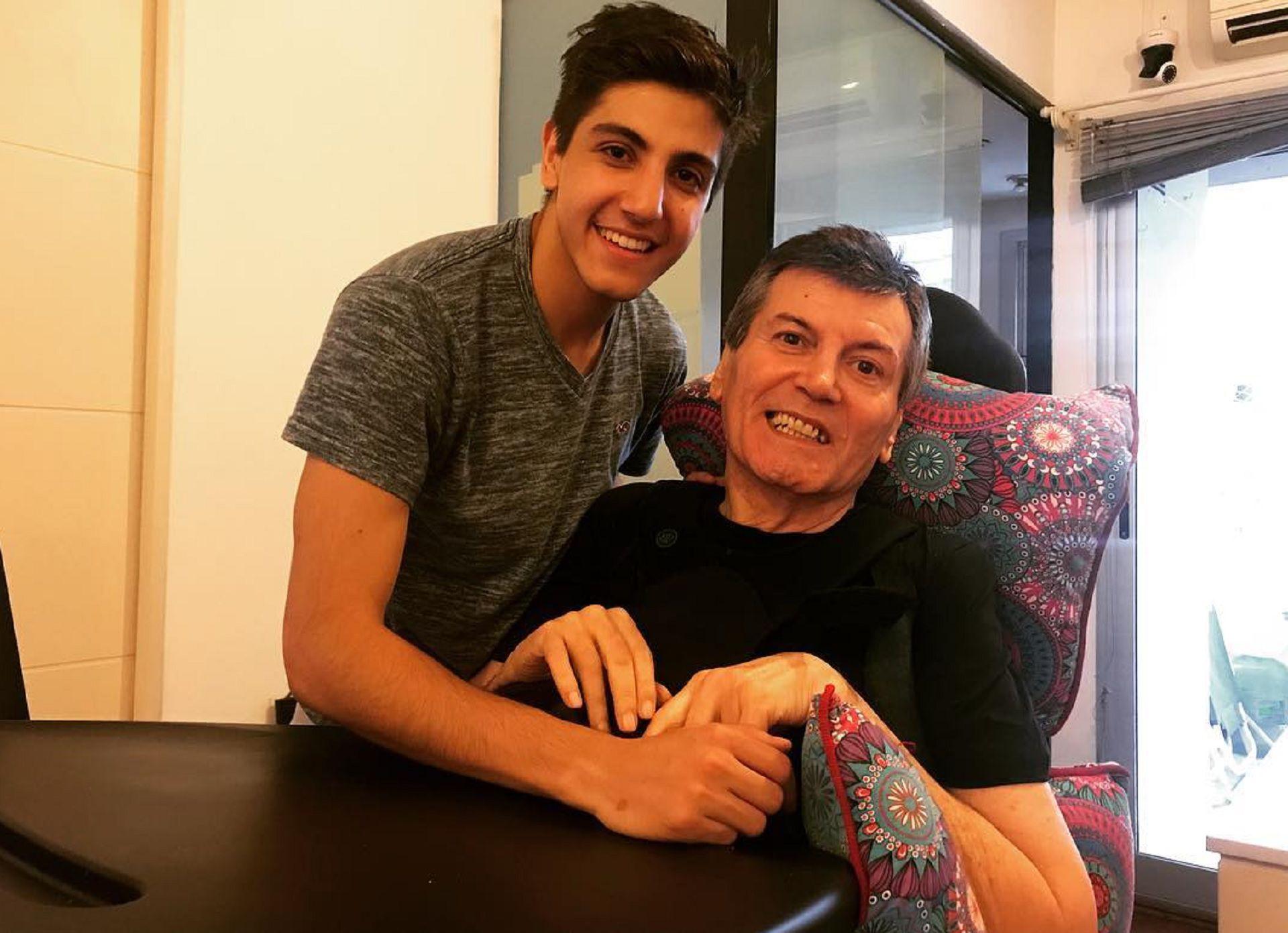 El actor junto a su hijo Facundo