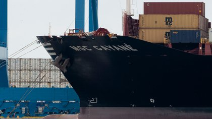 Los integrantes de la tripulación fueron arrestados y enfrentan cargos federales (AP)