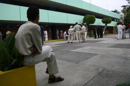 Héctor Yunes Landa criticó el actuar del Gobierno estatal por los posibles casos positivos que no fueron reportados. Foto: Guillermo Perea / Cuartoscuro
