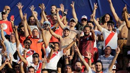 Los simpatizantes millonarios liquidaron las más de 13 mil populares disponibles para el choque decisivo ante el Flamengo en el Monumental de Lima (Reuters)