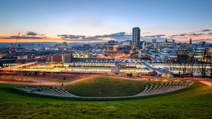 En la ciudad inglesa, incluso eventos como el Round Sheffield Run, una carrera por la ciudad, son atendidos por compañías locales que ofrecen una gran cantidad de opciones veganas (Shutterstock)