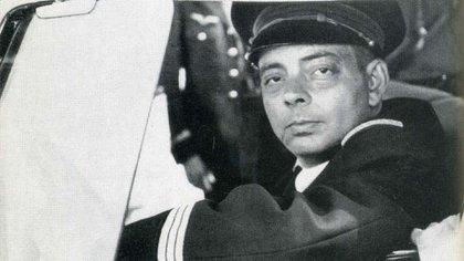 Saint-Exupéry era piloto civil y militar desde los 21 años