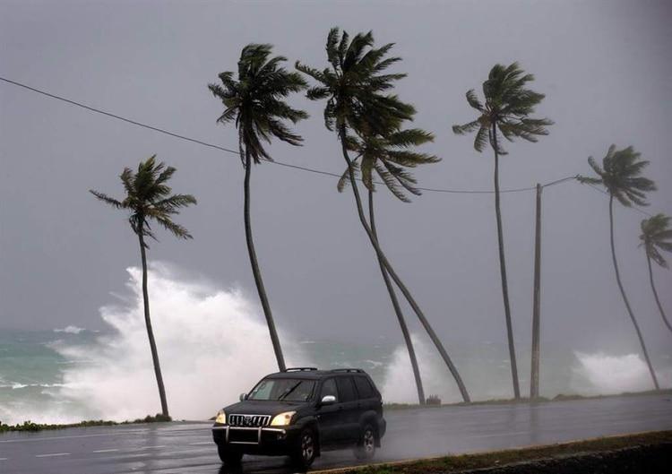 Se espera que Dorian llegue a Puerto Rico y República Dominicana el jueves, tras pasar las Islas de Barlovento en la tarde de este lunes y mañana martes el este del mar del Caribe (Foto: EFE)