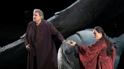 Peter Seiffert, como Tristán, y Anja Kampe, como Isolda