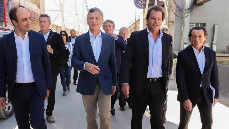 El pasado 27 de febrero de este año el presidente Mauricio Macri recorrió la planta de procesamiento del grupo Renova y se realizó en ese lugar la primera mesa de trabajo para la industrialización de la soja
