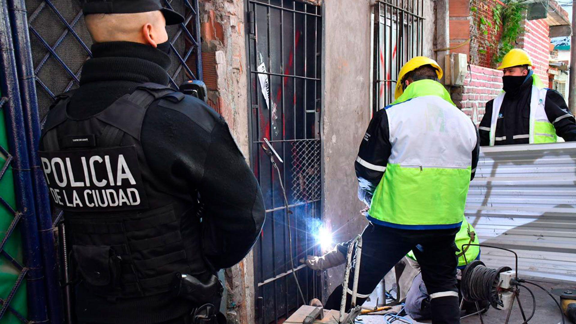 D'Alessandro encabezó el cierre de un búnker de drogas en el Barrio Zavaleta