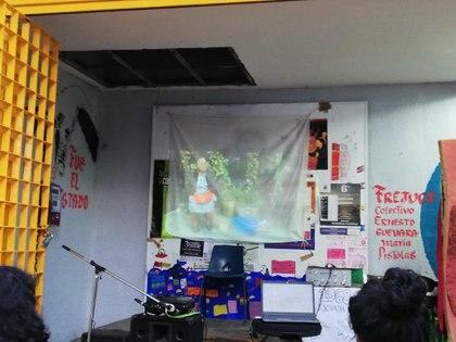 Proyección organizada por FLE-JAM en la FCPyS (Foto: Facebook)