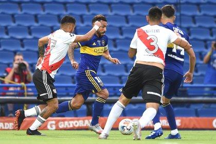 Boca y River bucarán un lugar en la semifinal de la Copa de la Liga Foto: EFE/EPA/MARCELO ENDELLI/POOL/ARCHIVO