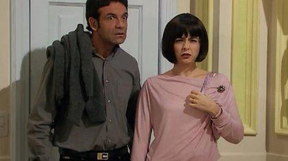 """En """"Casados con hijos"""", los personajes de Marcelo de Bellis y Érica Rivas interpretaban al matrimonio vecino de la familia Argento"""