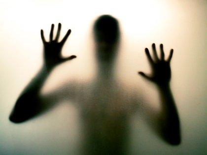 """""""Reivindicar el miedo no es hacerle un altar y rendirle pleitesía. En dosis justas y necesarias hay que darle la bienvenida"""" (Shutterstock)"""