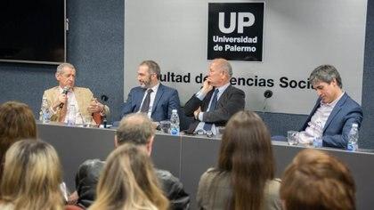 Landau fue crítico del escrutinio provisorio en una charla convocadapor Fopea y la UP