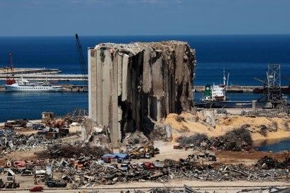 La zona del puerto tras la explosión masiva en Beirut (REUTERS/Alkis Konstantinidis/archivo)
