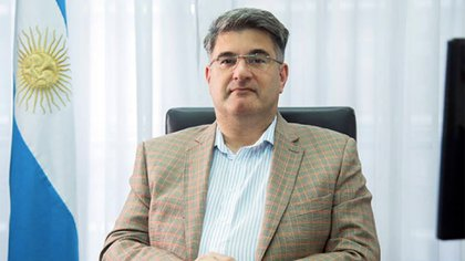 Rosa Alves es el Subsecretario de Control y Transparencia Institucional del Ministerio de Seguridad.