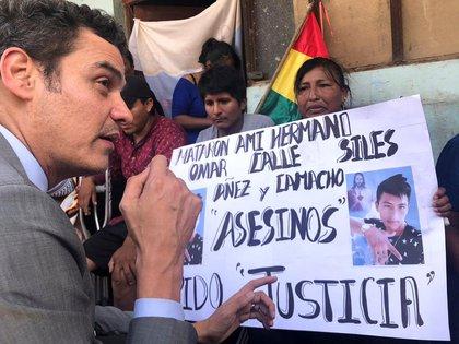 Paulo Abrazo en Bolivia, durante marchas a favor de los derechos humanos (Reuters)