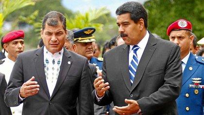 Rafael Correa y Nicolás Maduro (foto de archivo)