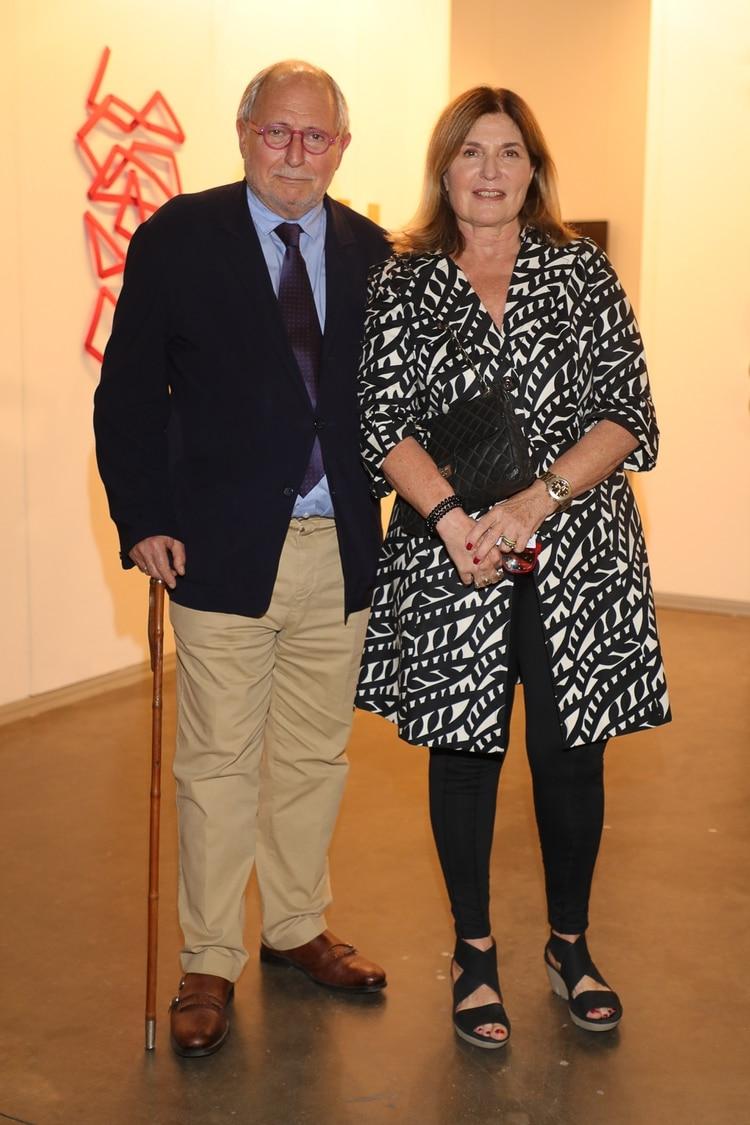 Junto al ex embajador argentino en China, Diego Guelar