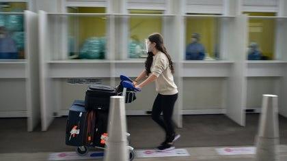 Controles sanitarios en el Aeropuerto de Ezeiza
