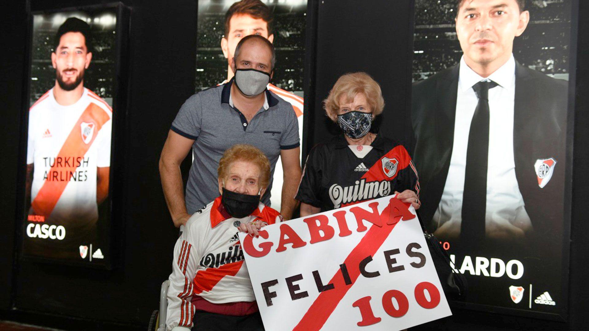 Gabina-socia-River-100-años
