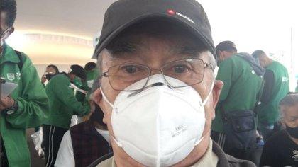 """""""Esto es una fiesta"""": Pedro Sola compartió cómo completó su vacunación contra COVID-19"""