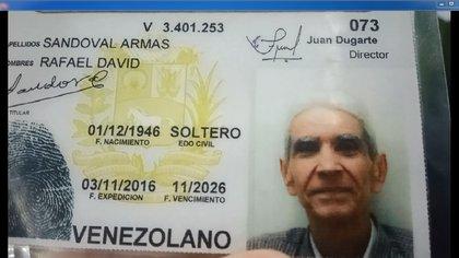 La cédula de identidad de uno de los fallecidos por desnutrición en Caracas