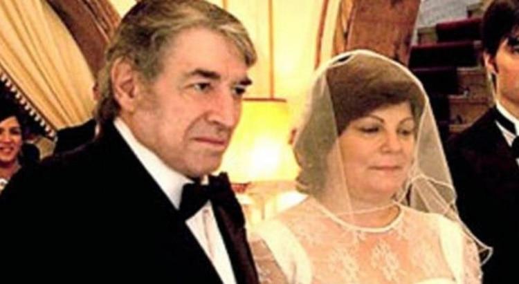 Sandro durante su boda con Olga Garaventa