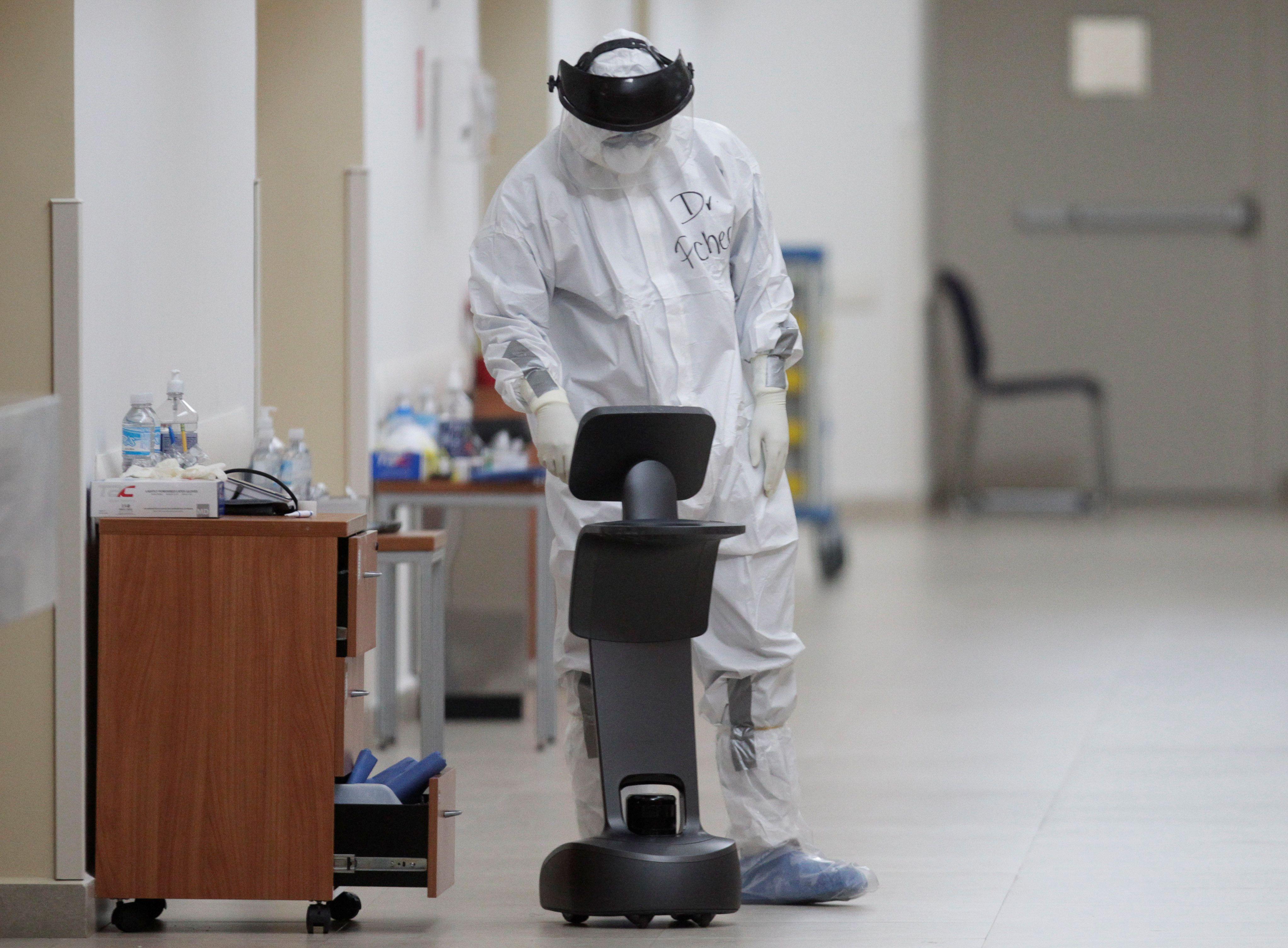 La pérdida del olfato y la diarrea son nuevos criterios para detectar la COVID-19 en México. (Foto: Daniel Becerril/Reuters)