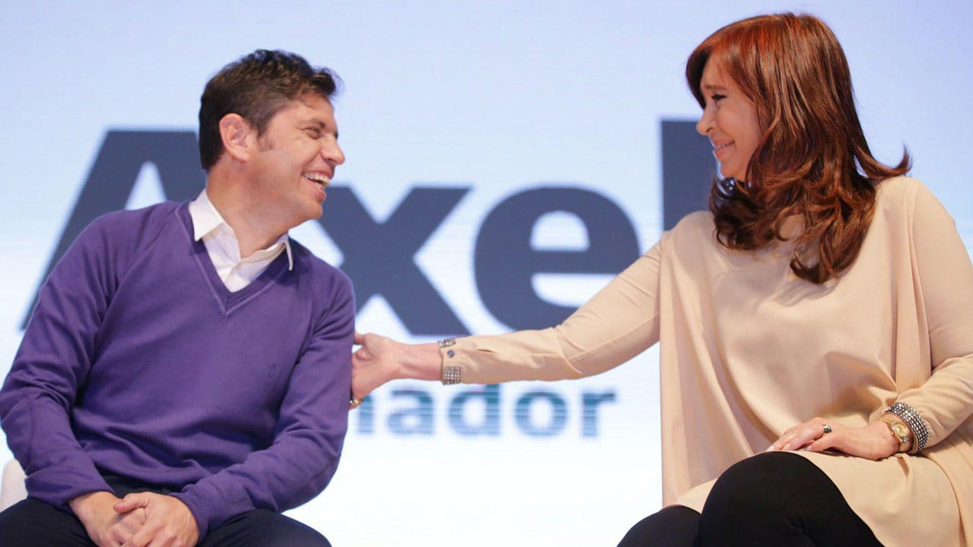 Axel Kicillof junto a la ex presidenta Cristina Kichner