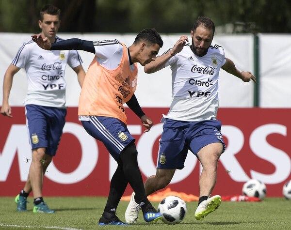 El buen ingreso de Cristian Pavón ante Islandia le permitió ganarse un lugar (AFP)