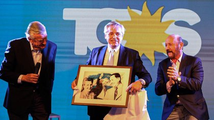 Alberto Fernández durante su visita al PJ cuando ya era un presidente electo