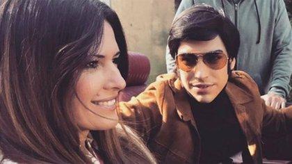 Macedo en la última jornada de grabación de la serie de Sandro, junto a Agustín Sullivan