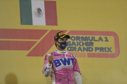 Sergio Pérez sumó este 2020 su décima temporada en la Fórmula Uno (Foto: AP /Kamran Jebreili)