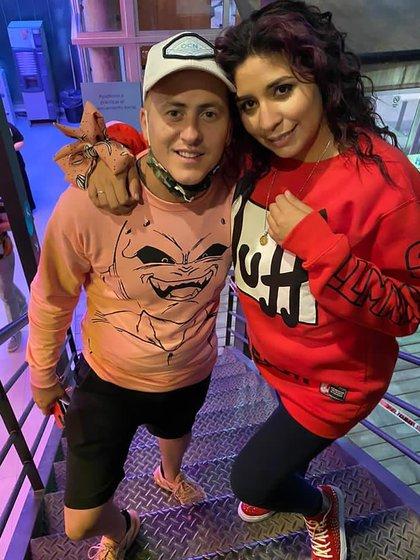 Eduardo Etchepare y Rocío Quiroz (@etchepareeduu)