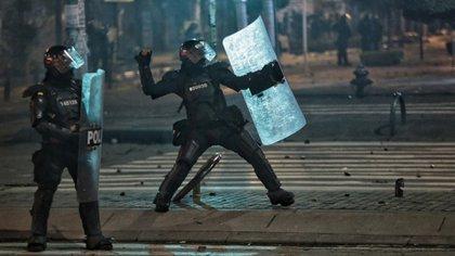 Indepaz y Temblores envían informe a la CIDH: 17 días de protestas han dejado 2.110 casos de violencia policial en Colombia