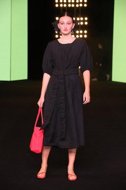 F P, la marca de Francisca Lopez Leon y Paloma Cepeda, presentó la colección primavera verano 2020 en BAFWEEK inspiradas en la ternura de las confecciones antiguas y la elección de sus materiales con una paleta de color variada