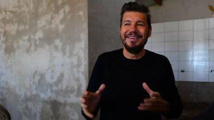 Marcelo Tinelli, en lo que será la nueva cocina del comedor Pequeños Gigantes, en el barrio Colombo, de Bolívar; cada díabrinda asistencia a unos 50 chicos(Fotos: LaFlia / Negro Luengo)