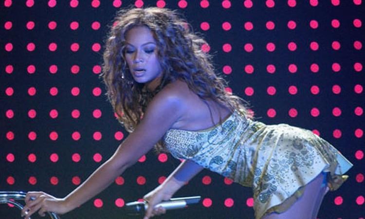Criticaron A Beyonce Por Salir Desnuda En Sus Videos Infobae