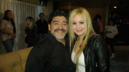 Karina La Princesita junto a Diego Maradona