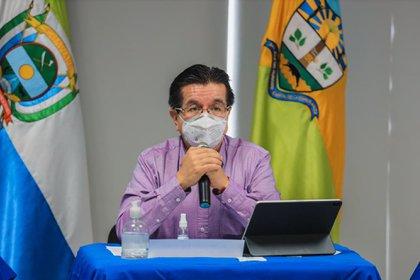 El ministro de Salud Fernando Ruiz Gómez desde San José de Guaviare. Foto: cortesía  Ministerio de Salud.