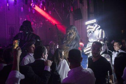 También hubo un show de robots vestidos al estilo Star Wars