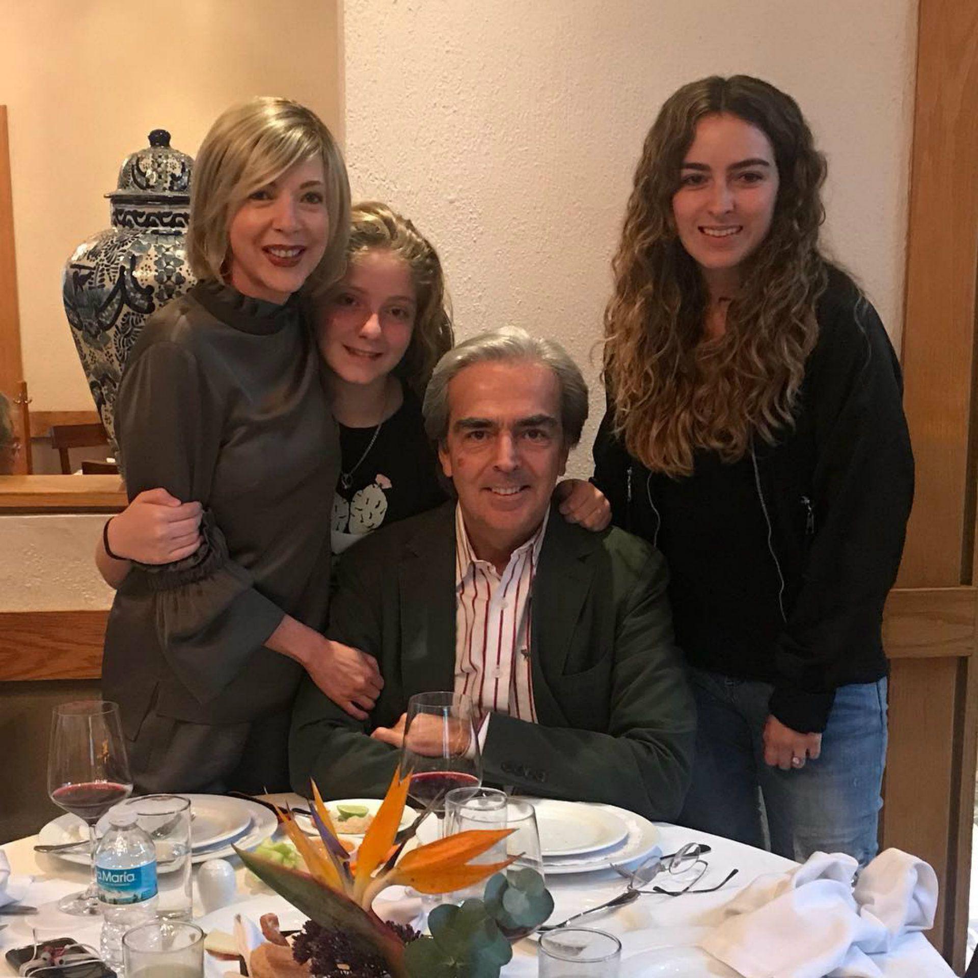 Lorenzo y Edith formaron una familia con sus respectivas hijas (Instagram)